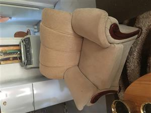 Lounge sitting chairs
