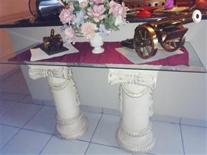 Pillars with glass top