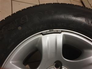 Tyres with Rims - Mazda DC SLE 2.5