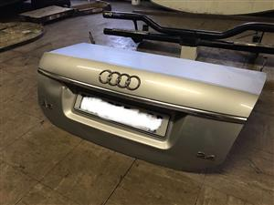 Complete bootlid