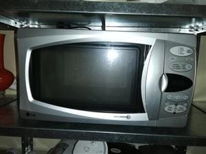 LG Intellowave Microwave Microwave