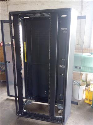 Server cabinet Dell 42 unit