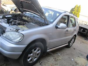 2005 Mercedes Benz ML 400