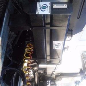 side tippers hydraulics installation