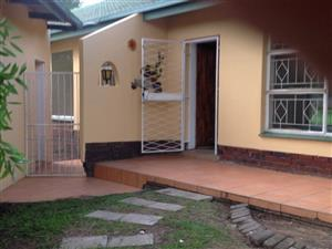STUNNING FREESTANDING HOUSE IN DALPARK PROPER / BRAKPAN   for rent R9100