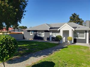 3 Bedroom House for Sale in Labiance Bellville
