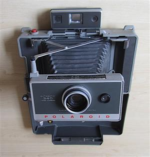 Polaroid 340 Land Camera