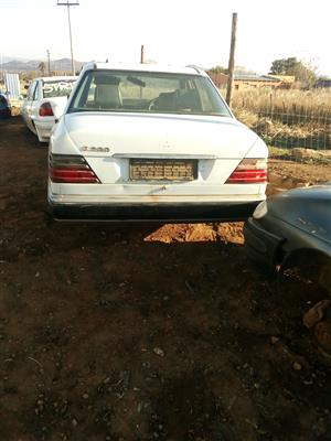 Mercedes benz E200 and 220 for stripping