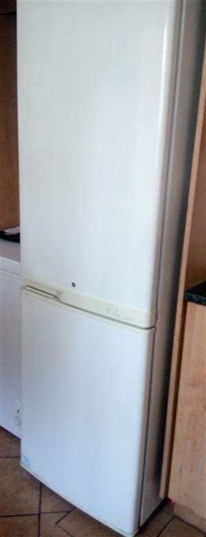 Fridge/Freezer Kelvinator