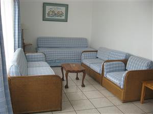 SHELLY BEACH FURNISHED 2 BEDROOM 1st FLOOR FLAT IMMEDIATE OCCUPATION R5000 PM ST MIKES UVONGO