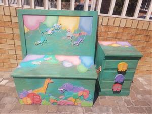 Green elephant bedroom set for sale