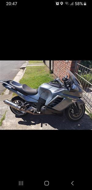 2010 Kawasaki GTR1400