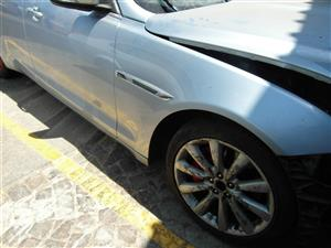 Jaguar XJ Fenders for sale | AUTO EZI
