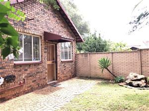 Two Bedroom Garden Flat to Rent Elarduspark