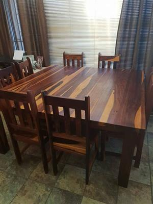 Solid Kiaat Dining Room Set. 1x Table & 8 chairs. Impeccable condition.
