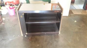 2 foodwarmer cabinets