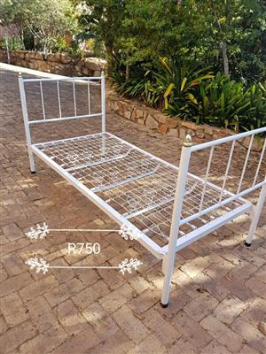 Enkel bed base frame