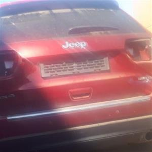 Jeep grand cherokee V6 petrol stripping for spares
