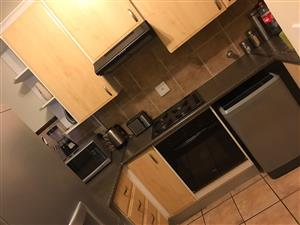 1 BEDROOM TO RENT IN A 2 BEDROOM APARTMENT IN PRETORIA EAST