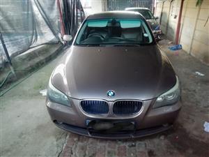 2004 BMW 5 Series 525i