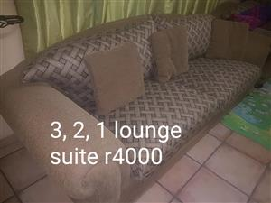 Light brown 3,2,1 Lounge suite