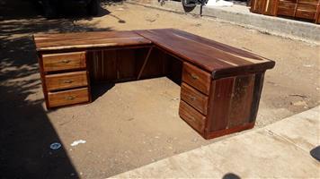 Lesenaar 2m×2m / study table / office desk