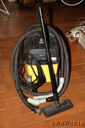 Karsher industrial vacuum cleaner for sale