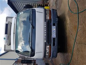 Mitsubishi Canter frige truk