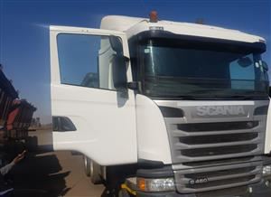 AFFORDABLE 34 TON SIDE TIPPER TRUCK FOR RENTALS @ 0815458624