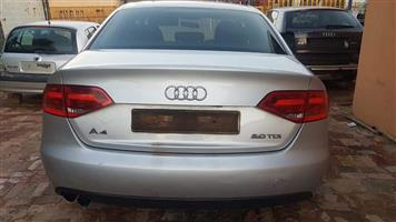 AUDI A4 B8 2.0L TDI STRIPPING FOR SPARES