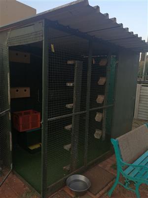 Pigeon loft/Bird cage