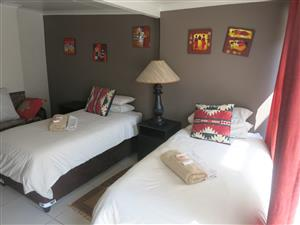 FEBRUARY  SPECIAL DEALS! 499 PER NIGHT.. SLEEPS TWO PEOPLE... GREAT DEALS FOR STAYING LONGER