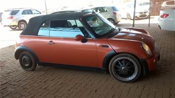 Mini Cooper R50 stripping for parts !! BIG SALE !!