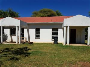 2 bedroom House for rent in the Doornfontein Area, Pretoria North East