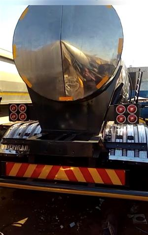 Stainless steel tanker for sale URGENT