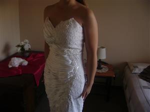 Oh! so:Beautiful and  Comfortable Mermaid Wedding/Evening dress.