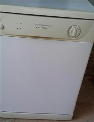 White Kelvinator Dishwasher