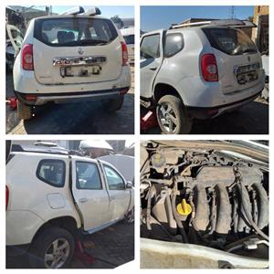 STRIPPING RENAULT DUSTER AND MEGANE CAR SPARE PARTS