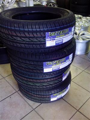 215/55/16 brand new tyre R810.