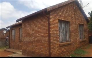 3 Bdrm,2 Bath House to Let in Westview, Pta Wes, big yard, very secure area,next to transport spots