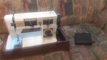 Empisal fleur sewing machine