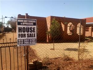 FOR SALE STAND WITH UNFINISHED STRUCTURE GA-RANKUWA ZONE 7 R320 000.00 CALL QUINTON @ 0723325794 / 0127000100 FOR MORE INFO