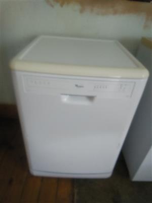 Whirlpool dishwasher and tumbledryer