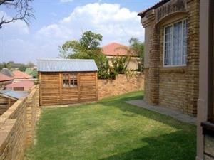 Rustenburg - 3 Bedroom House to let R 8500.00 pm - No yearly increase.