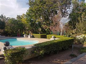 5 bedroom Big Very Modern House fore - Worcester western Cape