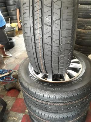 """18"""" Ford Ranger wildtak mag wheels and 265/60/18 tyres"""