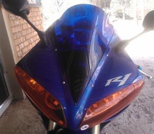War Eagle Racing Motorcycle Screens and Fairings Yamaha R1 2004 D/B Screen