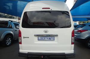 2016 Toyota Quantum 2.5D 4D GL 10 seater bus