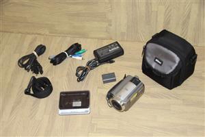 Sony Handycam DCR-SR60 video camera