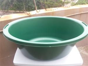 Plastic Oval Bath 90L